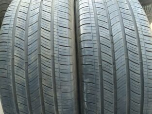 Almost new Michelin tires 235/55R17